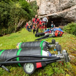 Preparing for the Saturday dive workshop at Wookey Hole (Pic: B.Biela)