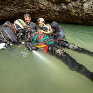 Checking an injured diver (Saturday dive workshop), Wookey Hole (Pic: B.Biela)