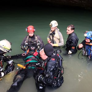 Rescuing an injured diver (workshop) at Wookey Hole, Somerset (Pic: G.Smith)